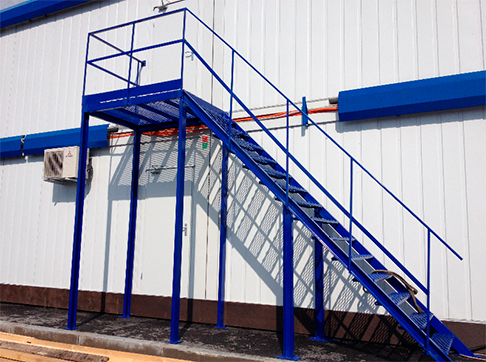 Изготовление и монтаж лестниц и площадок