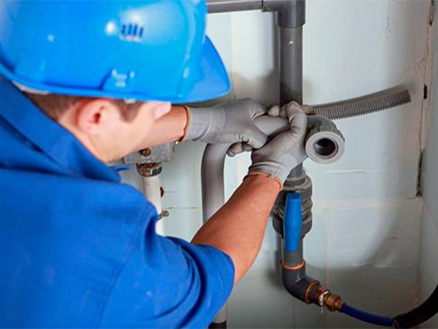 Монтаж системы внутреннего водоснабжения и водоотведения